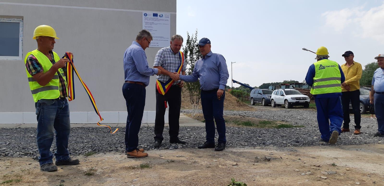 Aproximativ 2100 de locuitori din Delta Dunării vor beneficia de apă potabilă, în urma unui program implementat de M.A.P., prin Administrația Națională 'Apele Române'