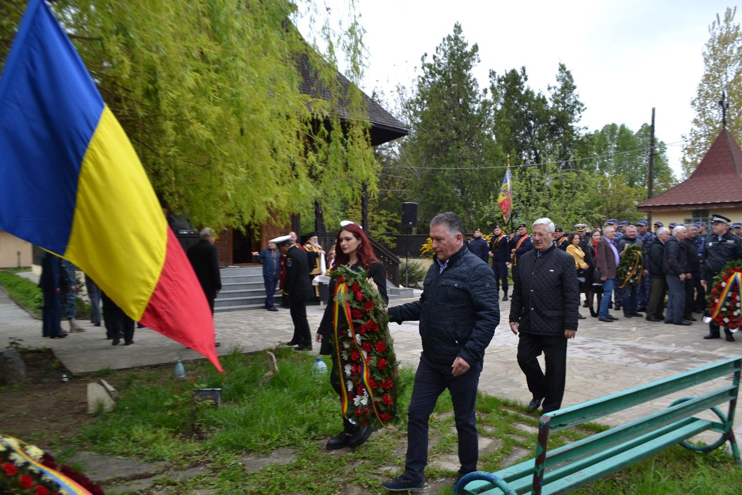 Ceremonial militar și religios dedicat Zilei Veteranilor de Război